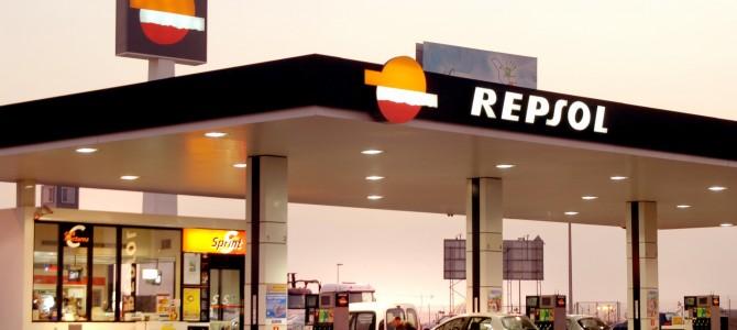 La OCU denuncia el alto precio de las gasolinas en la operación salida